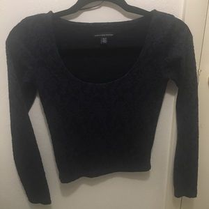 AMERICAN EAGLE OUTFITTERS navy top